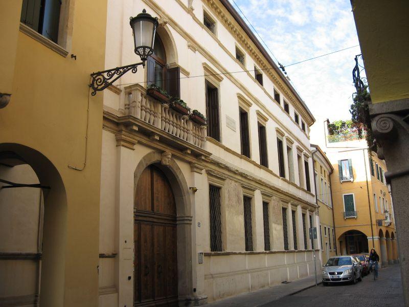 3_palazzo_polcastro_padova Personaggi storici