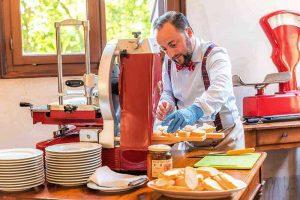 Villa-Wollemborg-ristorante_selezione-formaggi-salumi